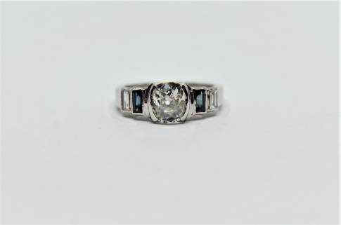 "Art Deco, pierścionek z diamentem ""Cushion"" 1.29 ct. H/Vs"