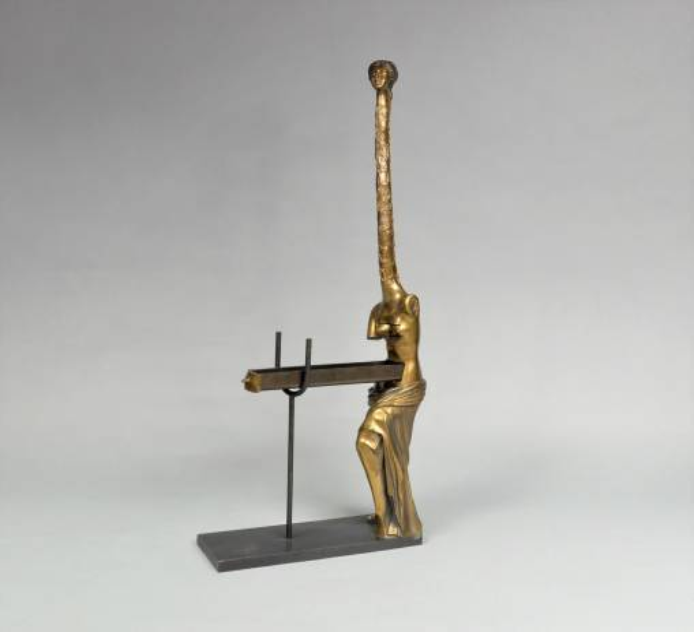 "Salvador Dali , ""Venus a la Girafe"", brąz patynowany"